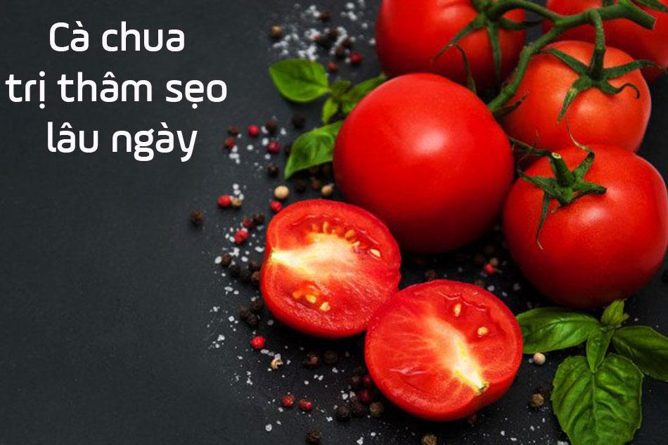 Dùng cà chua trị thâm sẹo lâu ngày