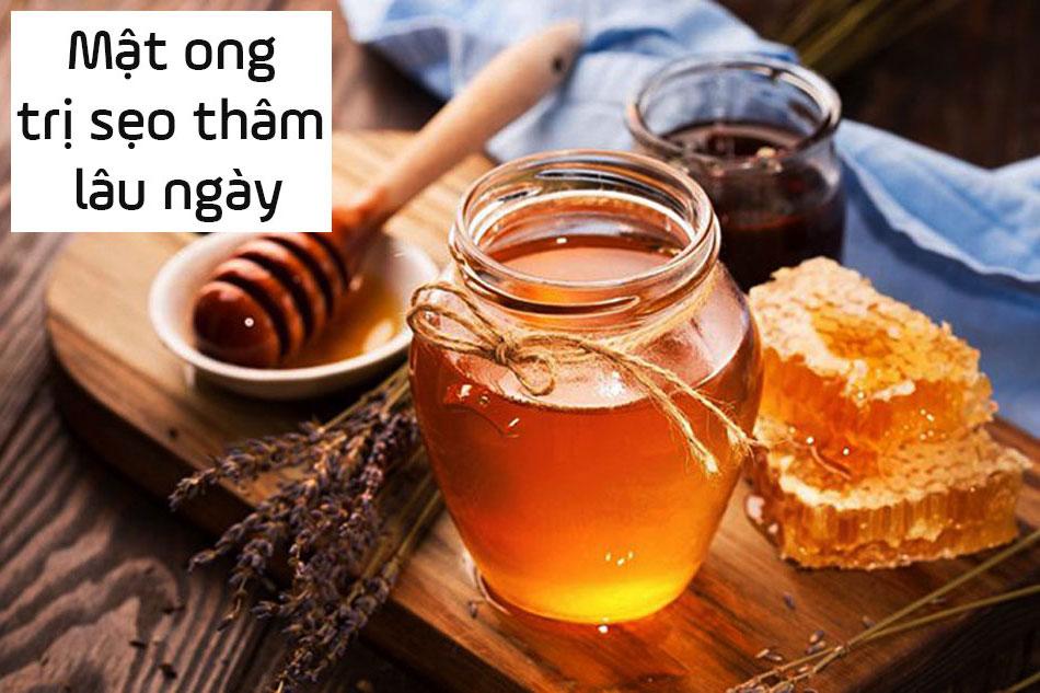Dùng mật ong trị sẹo thâm lâu ngày